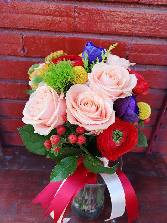 Aranjament Floral - Ranuculus rosu