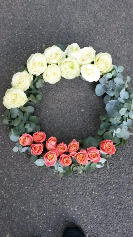 Coroana funeara - Coroana trandafiri 2 nuante